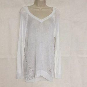 Olive & Oak White Beachy Sweater